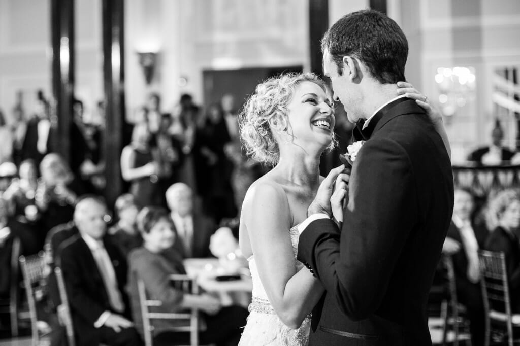 View More: http://robynvandykephotography.pass.us/anneandnickwedding